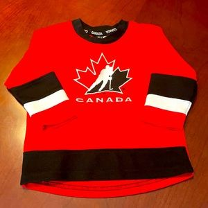 Team Canada jersey size 18 M